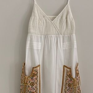 Anthropologie sundress with embroidery size 0